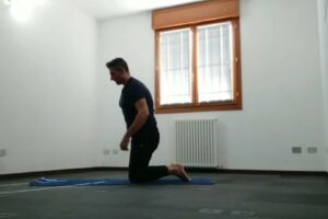 tutorial su sirsasana_verticale sulla testa 15 min