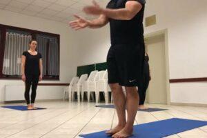 alto impatto ashtanga Yoga prima serie 70 min